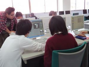 3DCGソフトの体験実習中